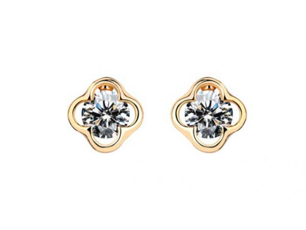 E237 C.Z. stud earring