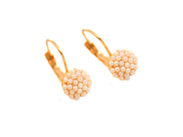 E420 Small pearl drop earring