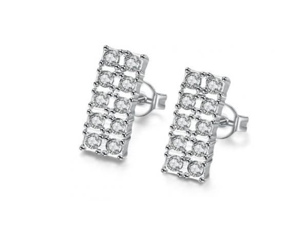 E422 Crystal stud earring