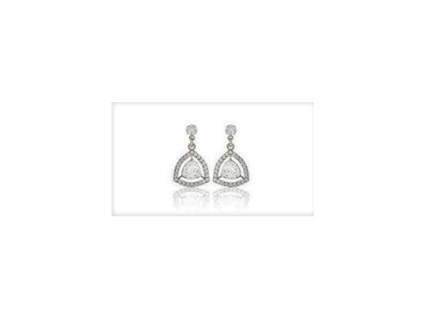 E423 Small drop earring