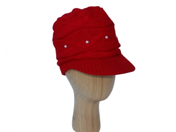 H016 Red peak hat with pearl detail.