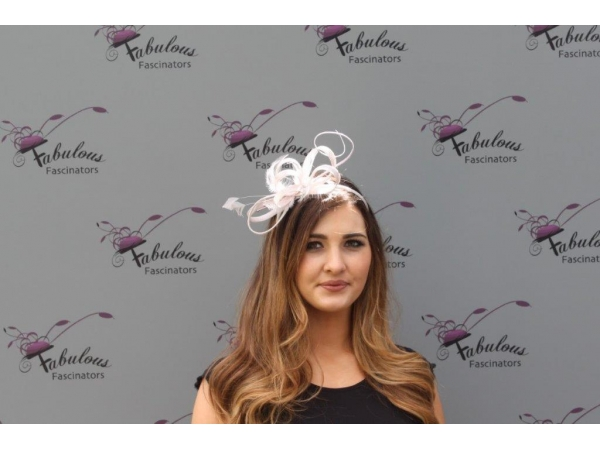 Alice Nude fascinator