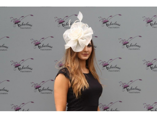 Blossom Cream Fascinator