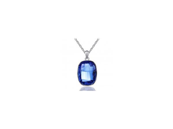 N422ry   Crystal pendant