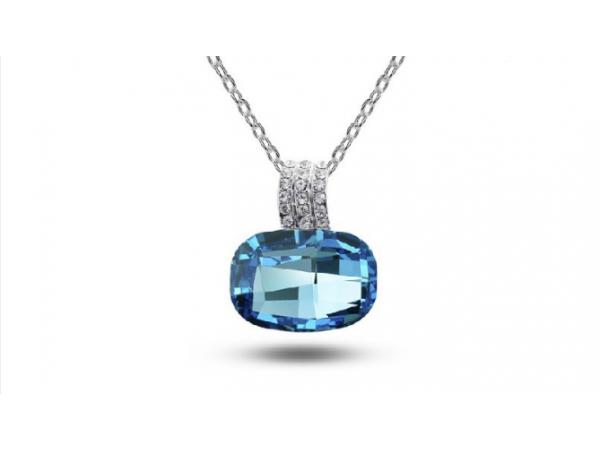 Ne311tq Crystal pendant
