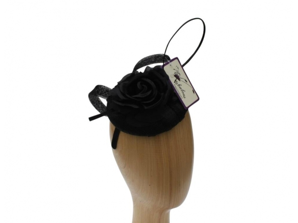 Willow Black Fascinator