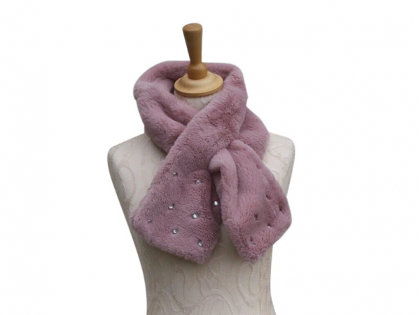 Ws002 Pink faux fur scarf with crystal detail