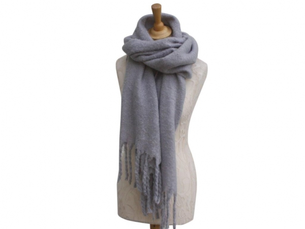 Ws004 Grey scarf 80% Viscose 20% Wool