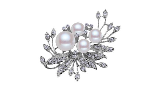 Br29 Crystal & pearl brooch
