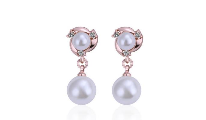 E225 Rose & Pearl Earring