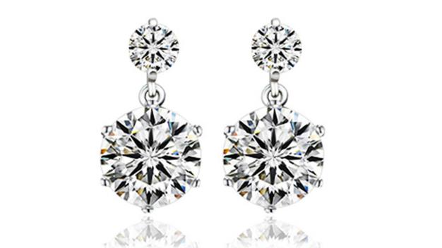 E412 Small Crystal drop earring