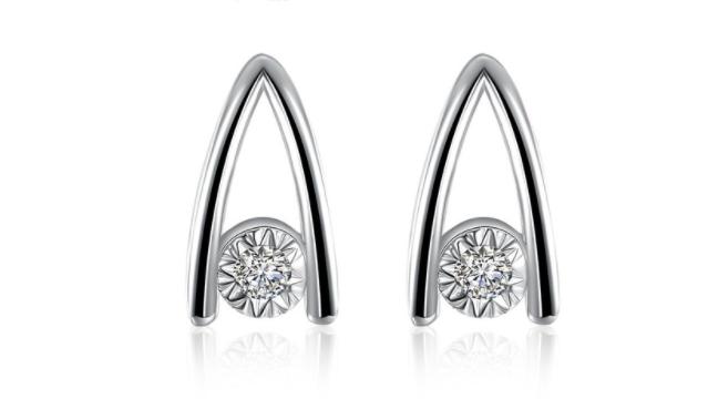 E428 Silver crystal