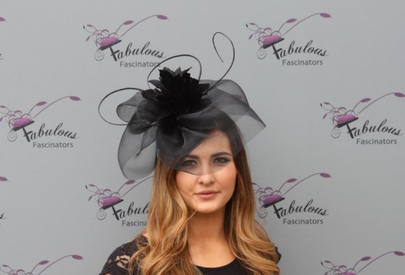 Leah Black fascinator