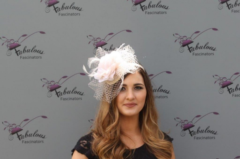 Lilly Nude fascinator