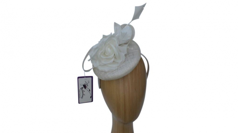 Madison Cream fascinator