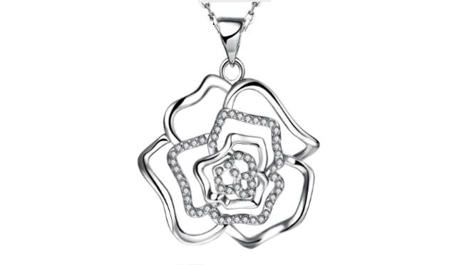 N414 Silver rose pendant