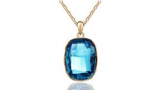 N422tq Crystal pendant