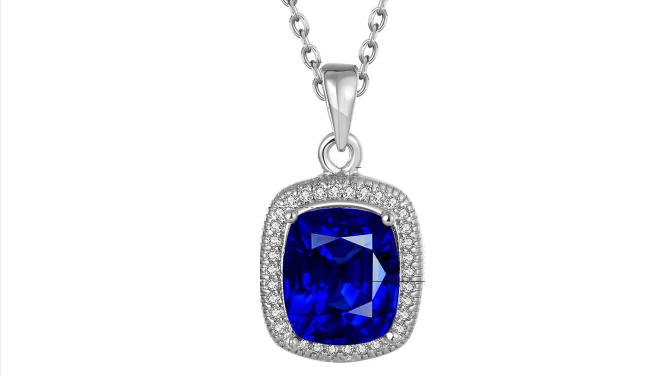 N425 Royal crystal pendant