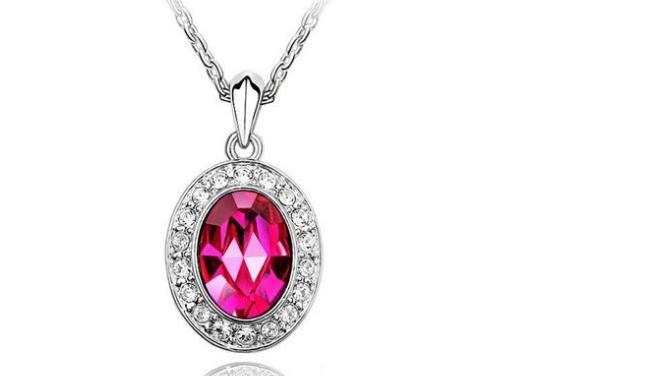 N247 Rose crystal necklace