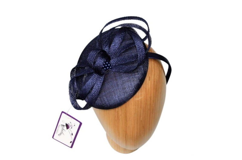 Pearl Navy fascinator.