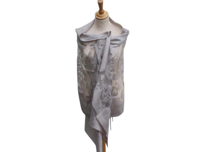 Viscose,cotton & silk wrap Silver